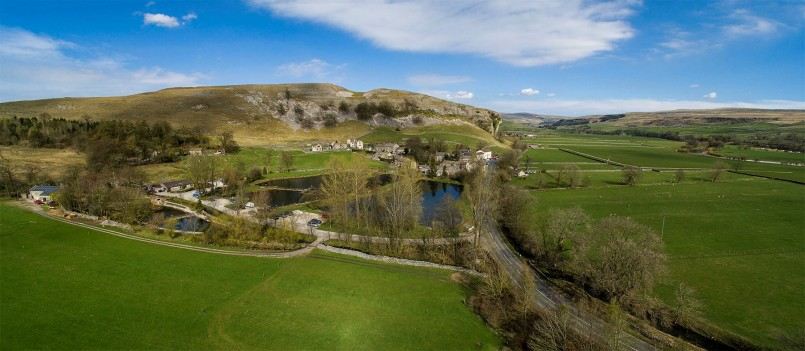 Kilnsey-aerial-view