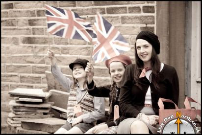 A photograph taken at the 2010 Haworth 1940s Weekend.