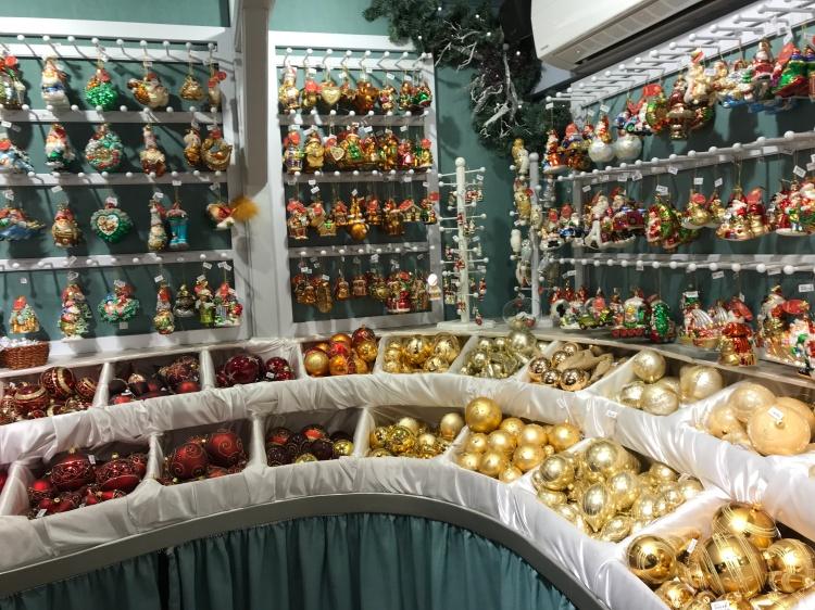 An Organised display