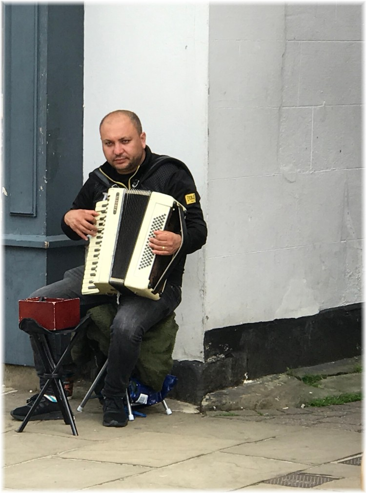 Knaresborough a street musician